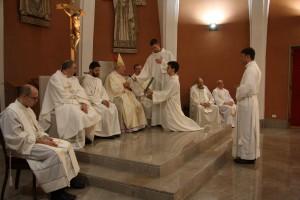 Mons. Giampaolo Crepaldi durante il rito
